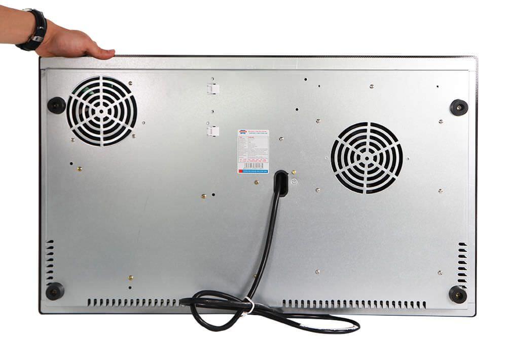 Bếp đôi điện từ Sunhouse SHB9104MT tự động ngắt điện khi quá nhiệt an toàn